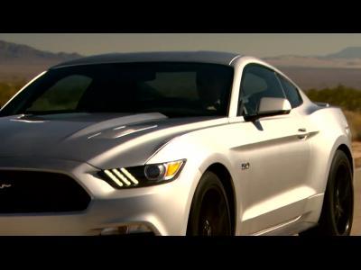 La nouvelle Ford Mustang à l'assault de la Route 66