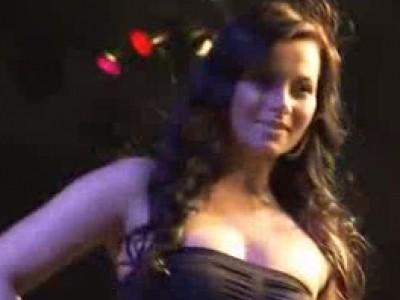 Miss Tuning 2012 : La vengeance d'une brune