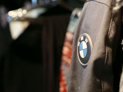 BMW ride avec style