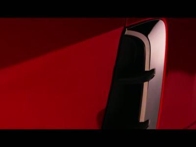 La Kia GT se montre sans camouflage