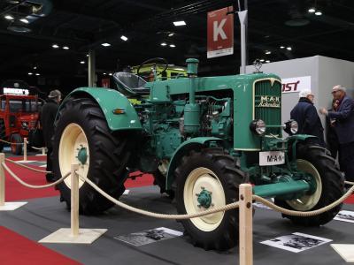 Les tracteurs : au cœur de l'histoire de l'automobile - l'exposition en vidéo