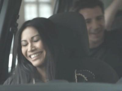 Anggun roule en Dacia Lodgy pour l'Eurovision