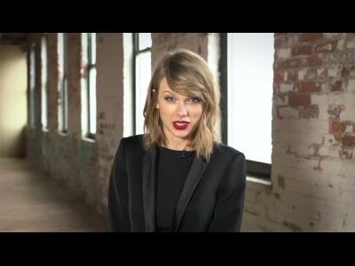 Taylor Swift nous implore d'attacher notre ceinture