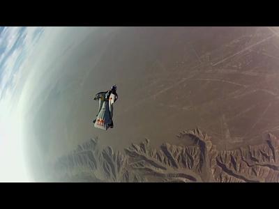 Premier vol en Wingsuit au dessus des Géoglyphes de Nazca