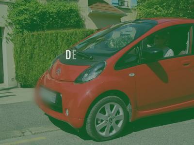 En vert et pour tous avec Citroën : rencontre avec Michelle et Michel qui roulent en Citroën C-Zéro