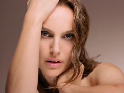 Natalie Portman sensuelle #diorforever