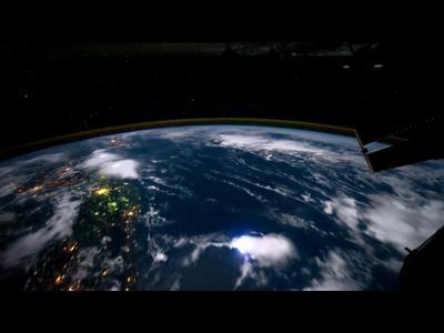Autour de la terre en 1 mn