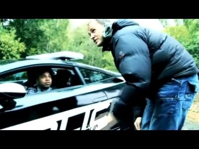 L'(ex)Stig fait la promo de NFS Hot Pursuit