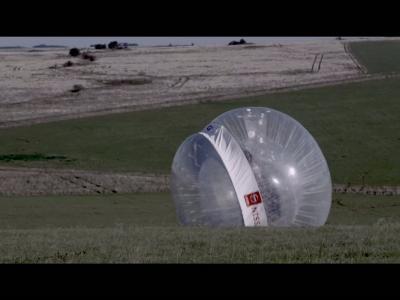 Les caméras à 360° de Nissan illustrées par une bulle