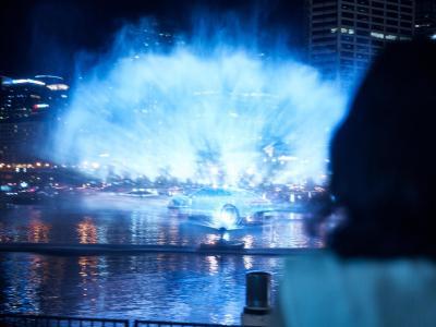 La nouvelle Porsche Taycan fête son arrivée en Australie avec un son et lumière dans le port de Sydney