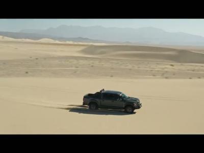 Le nouveau Shelby F-150 Raptor se prend pour un buggy du Dakar