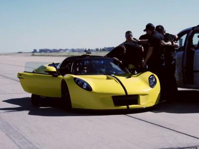 Record de vitesse en cabriolet pour la Hennessey Venom GT Spyder