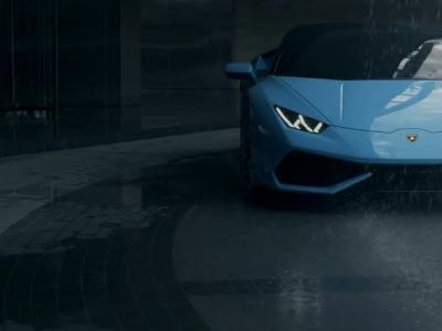 La Lamborghini Huracan Spyder joue les miss météo