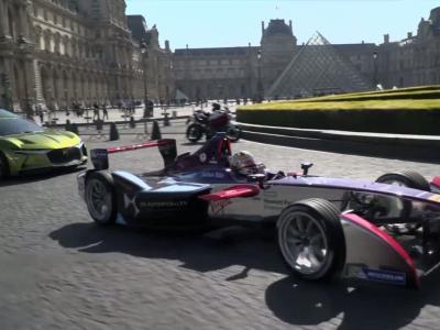 Le concept E-Tense et la Formule E de DS gambadent dans les rues de Paris