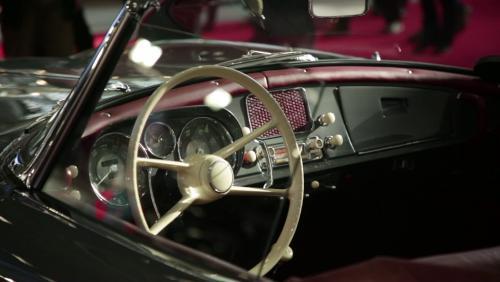 Rétromobile 2019 : la BMW 507 en vidéo
