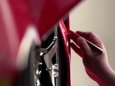 BMW i8 : l'Art Cars de Thomas Scheibitz en vidéo