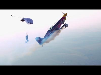 Ballet entre parachutiste et avion de voltige
