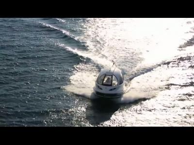 Capsule Jet : le jet ski habitable