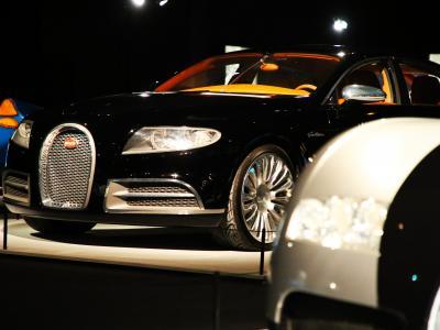 Culturetainment [S09E27] Incomparables Bugatti, du Tank de Tours à la Divo