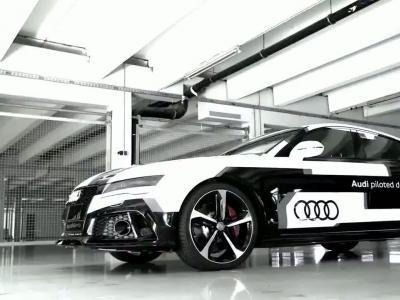 Une Audi RS7 sans conducteur à plus de 200 km/h sur un circuit