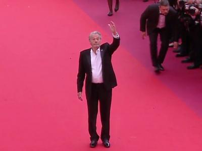 Festival de Cannes 2019 : la montée des marches d'Alain Delon