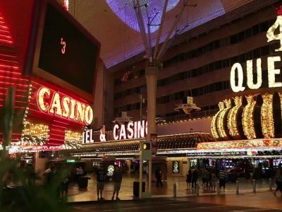 Escapade [S07E01] Downtown Las Vegas, Bohème et vintage