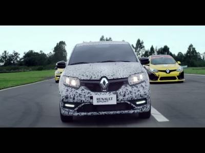 La nouvelle Renault Sandero RS se lâche sur circuit