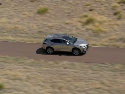 Lexus NX (2021) : la seconde génération du SUV en vidéo