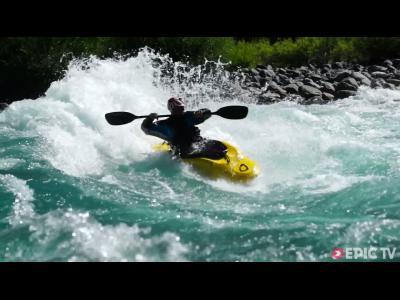 Kayak : Surf sur la plus belle rivière du monde