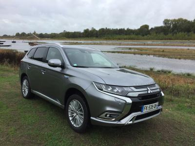 Mitsubishi Outlander PHEV : découverte du SUV hybride rechargeable