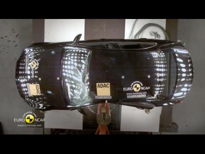 Le crash-test de la Mercedes Classe C en vidéo