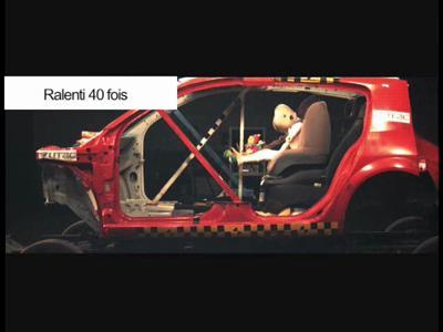 #011-Le crash-test spécial siège enfant