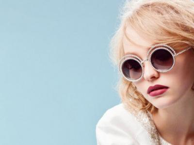 Vidéos : LILY-ROSE DEPP FOR CHANEL