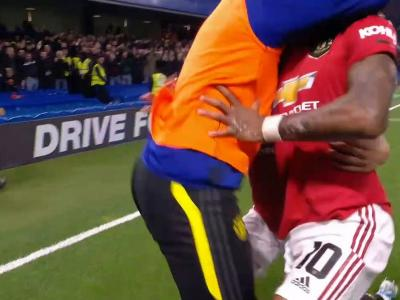 League Cup : Le coup franc fantastique de Rashford !