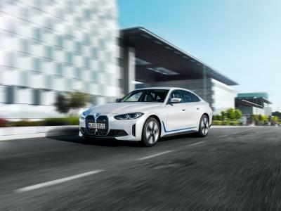 BMW i4 (2021) : la berline électrique en vidéo