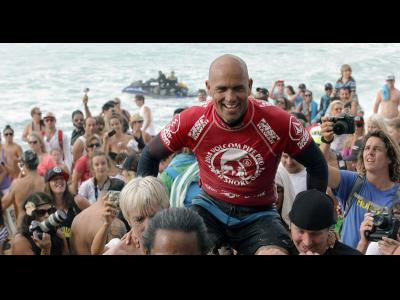 Kelly Slater remporte Volcom Pipe Pro 2014