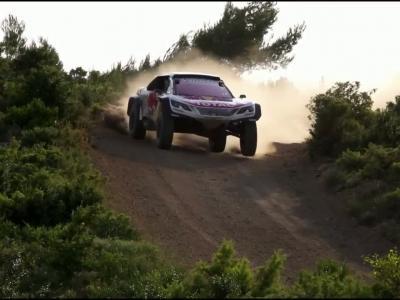 Peugeot 3008DKR Maxi : un buggy plus large pour le Dakar 2018