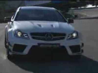 Mercedes C 63 AMG Black Series à l'assault de Laguna Seca