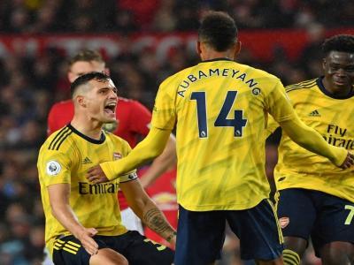 Manchester United - Arsenal : l'égalisation d'Aubameyang validée par la VAR