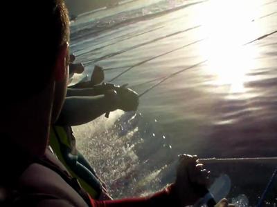 145 skieurs tractés par un bateau... Record du monde !