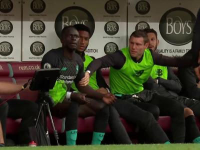 Mohamed Salah et Sadio Mané s'expliquent en plein match !