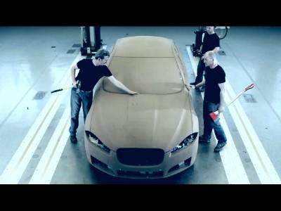 Jaguar fait du petit bois de ses voitures