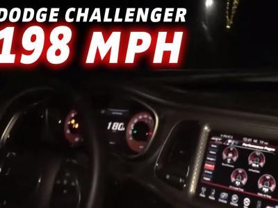 318 km/h sur une route en Dodge Challenger