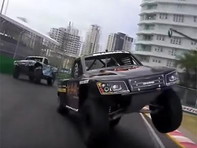 Ces pickups roulent sur 3 roues!