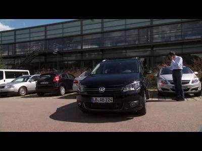 Contrôle du stationnement à distance chez Valeo