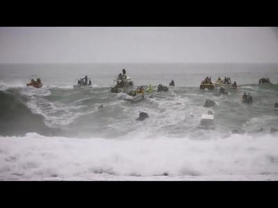Kelly Slater, royal à Teahupo !